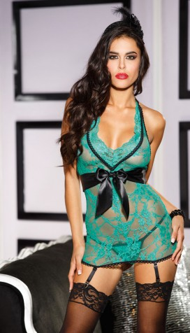 FIGURE FLATTERING STRETCH LACE GARTERED CHEMISE